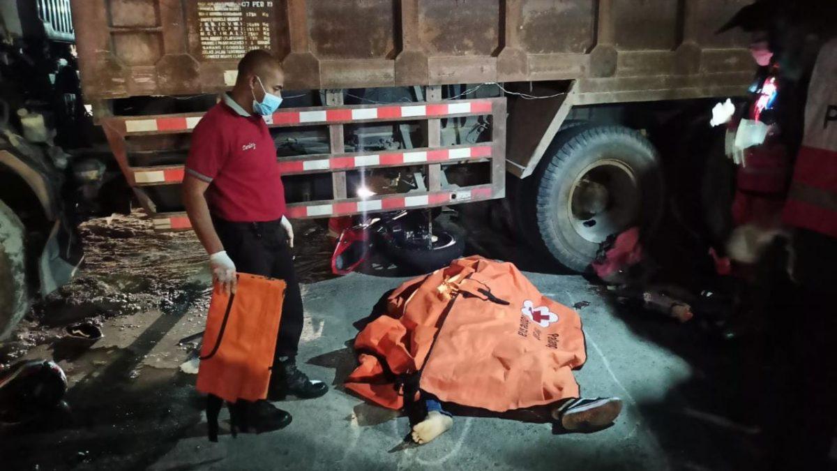 Tiga tewas dalam kecelakaan beruntun di perbatasan kota ini